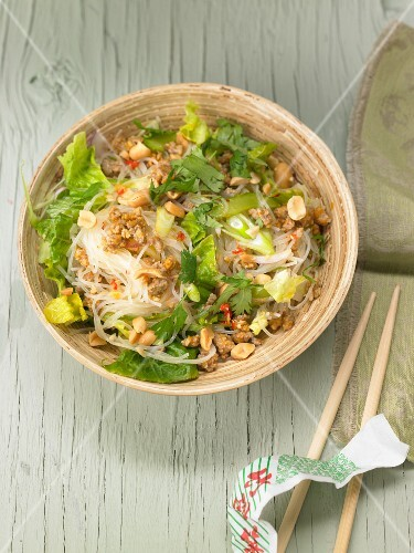 Glass noodle salad with minced meat and peanuts (Thailand)