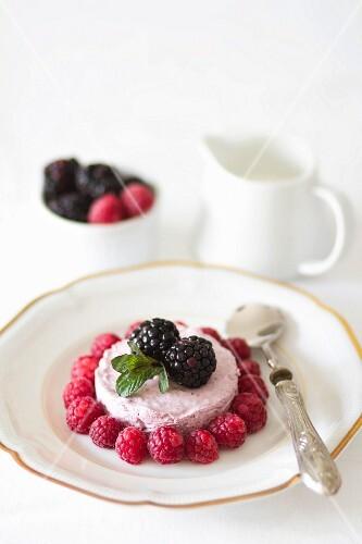 Raspberry cream with fresh raspberries