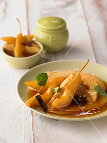 Crepes with hot pears