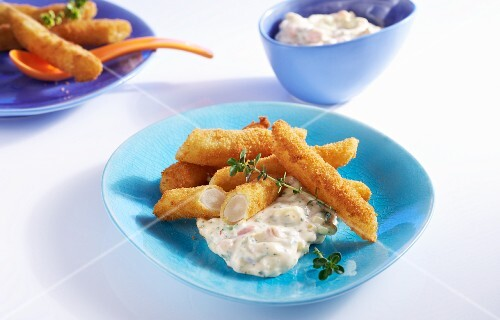 Breaded black salsify with a tomato dip