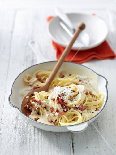 South Tyrolean spaghetti carbonara