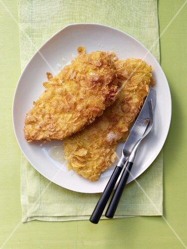 Escalopes with a cornflake coating (seen from above)