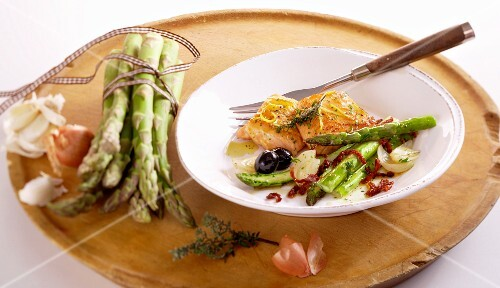 Salmon with fried green asparagus