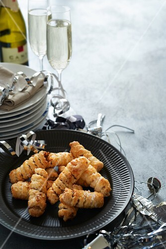 Puff pastry rolls with prawns for New Year's Eve