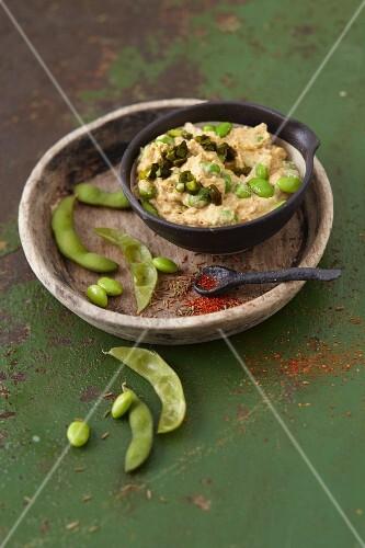 Vegan Edamame hummus with ginger