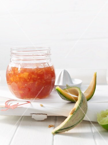 Tomato and melon chutney