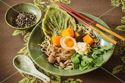 Kabocha Ramen (noodles with pumpkin and mushrooms, Japan)