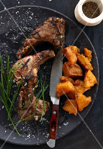 Grilled lamb chops with sweet potatoes