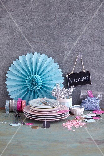 Party decorations and crockery