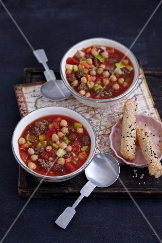 Moroccan chickpea soup with minced meat