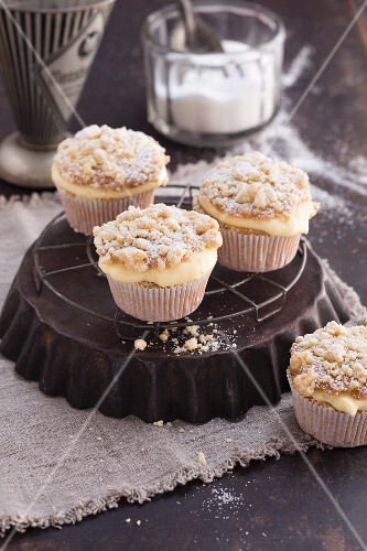 Apple and vanilla cupcake with butter crumbles