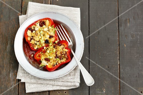 Pepper stuffed with couscous, raisins, dried tomatoes and feta cheese
