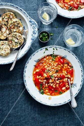 Bean stew with lye bread dumplings (Turkey)