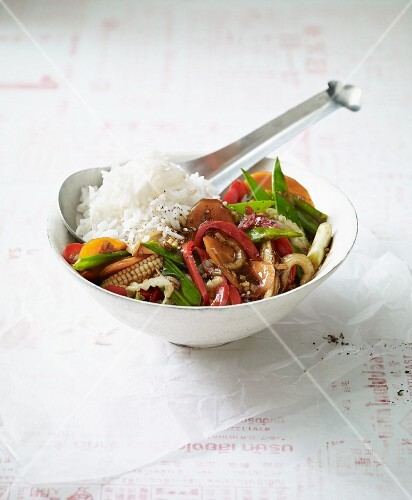 Rice with mixed stir-fried Thai vegetables (Asia)