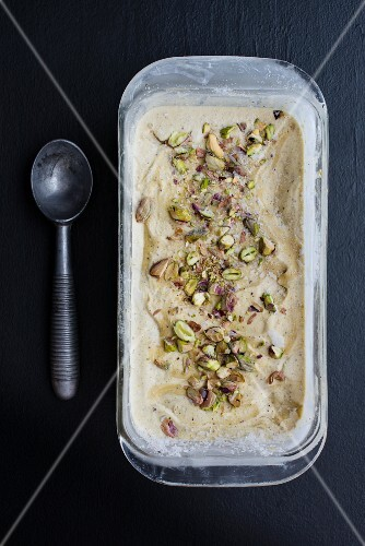 Nut ice cream with chopped pistachios