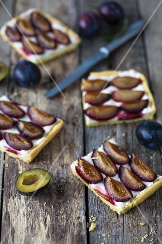 Sliced plum tart