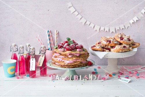 Cakes, pastries, lemonade and decorations for a child's birthday party