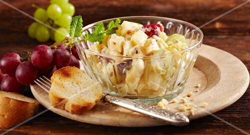 Mountain cheese and grape salad