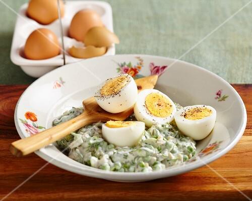 Polish egg salad