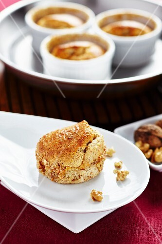 Cheese bakes with nuts