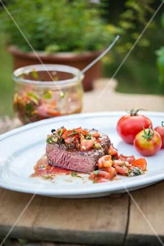 Fillet steak with tomato salsa