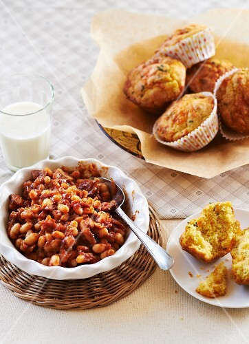 Baked beans, corn muffins and a glass of milk