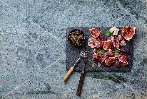 Parma ham with figs and Parmesan cheese