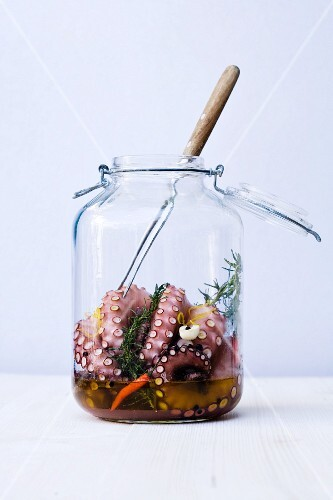 Squid with rosemary braised in a preserving jar