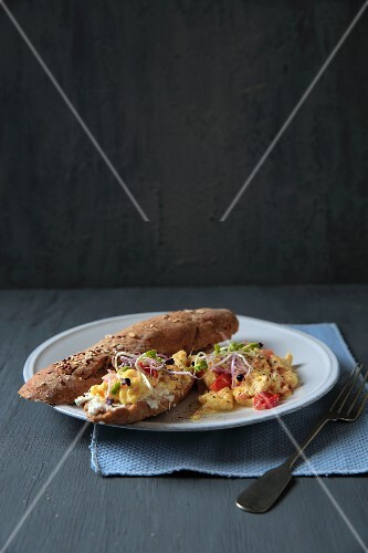 Wholemeal grain baguette with tomato scrambled egg