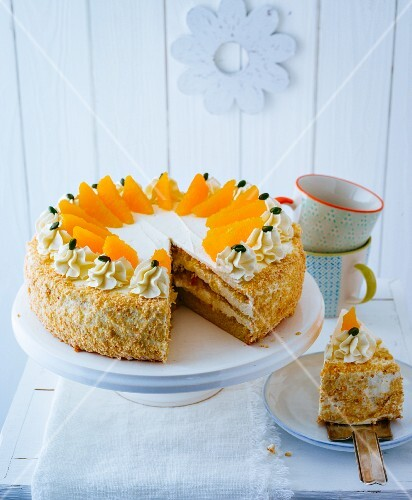 Gluten-free orange cake with almond cream