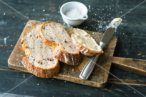 Spelt sour dough bread with chestnuts