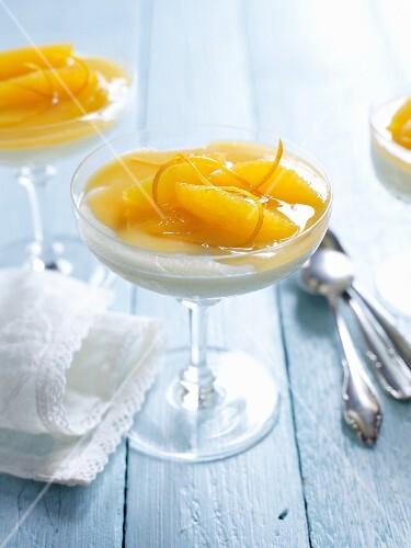 Semolina mousse with oranges