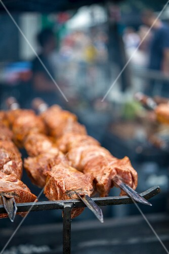 Spicy pork skewers for barbecuing