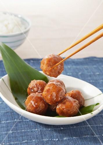 Meatballs with honey (Japan)