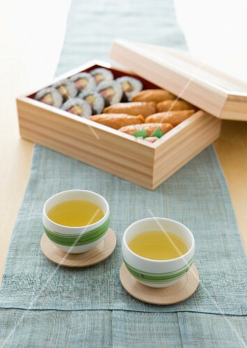 Tea and inari sushi for lunch (Japan)