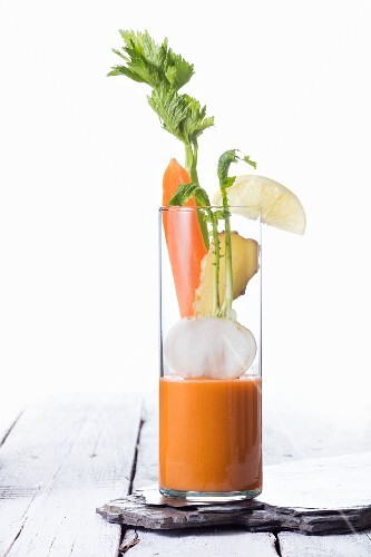 A celery, carrot, turnip and ginger smoothie