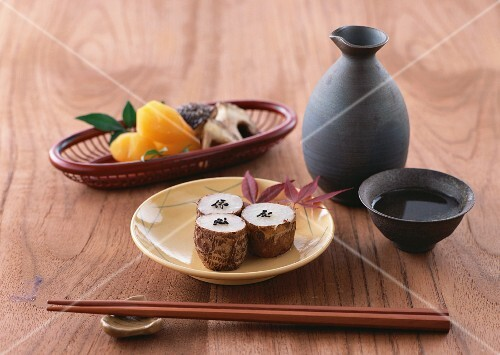 Taro roots and sake