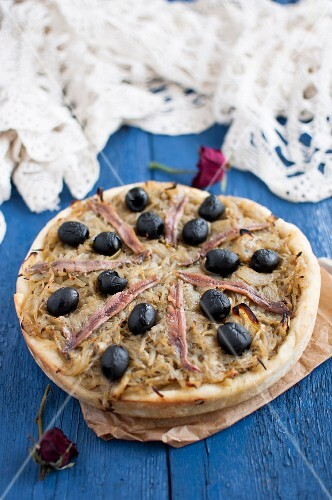 Pissaladiere (French pizza with caramelised onions, anchovies and black olives)