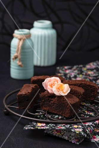 Brownies decorated with sugar roses
