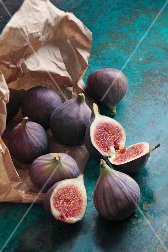 Fresh figs with a paper bag