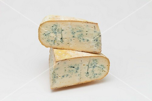 Bleu de Gex (blue cheese, Jura, France)