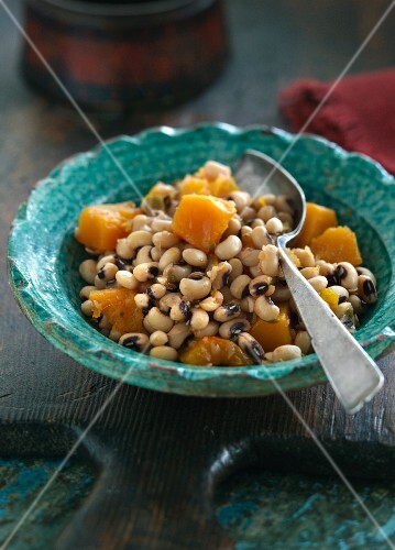 Black eyed beans with butternut squash (India)