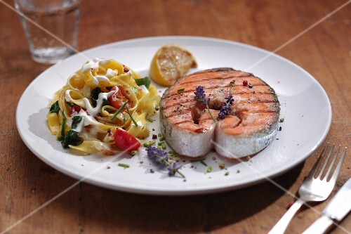 Salmon steak with tagliatelle, vegetables and lavender