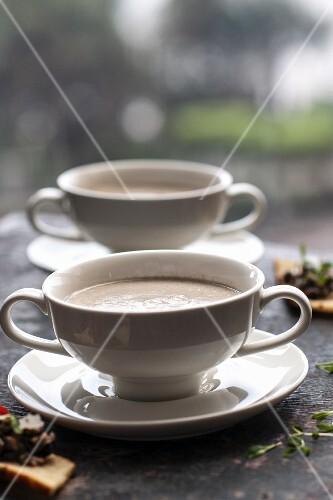 Creamy soup in super cups