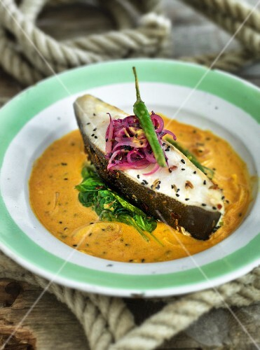 Halibut on curry sauce