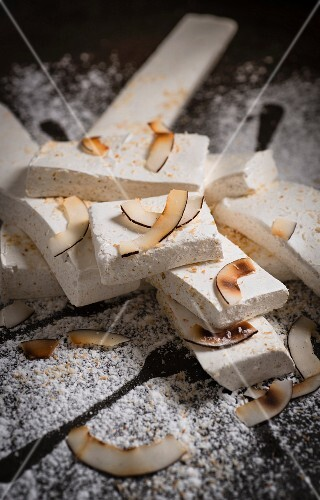 Nougat with roasted coconut