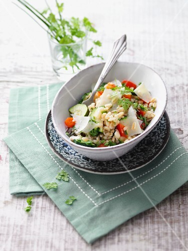 Wheat with vegetables and lovage