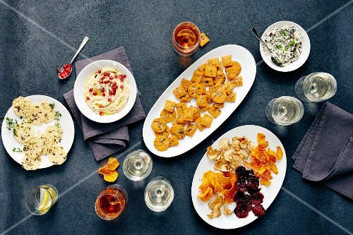 Various party snacks (seen from above)