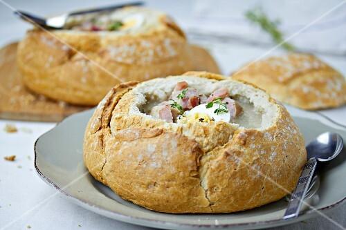 Zurek served in a loaf of bread