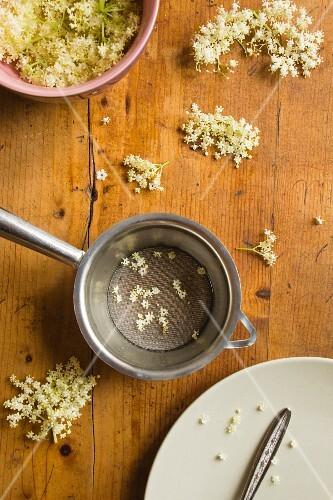 Elderflowers and a sieve